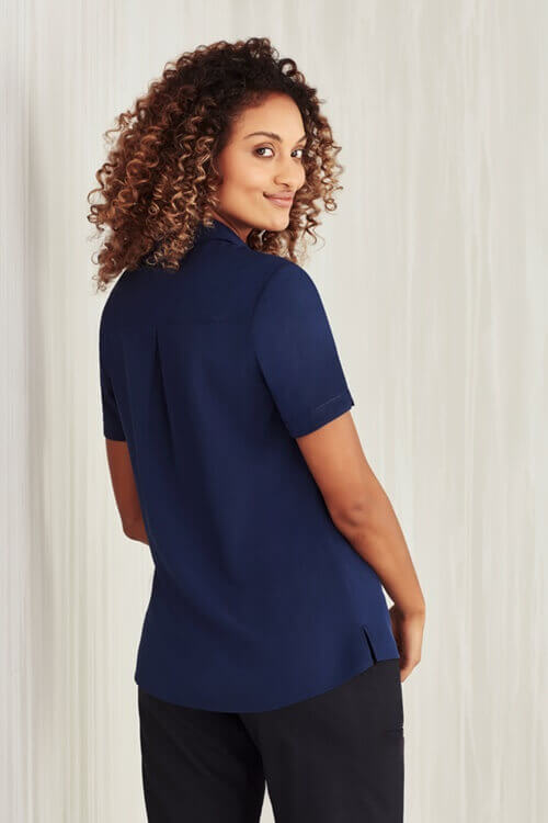 CS947LS-Navy-back-out