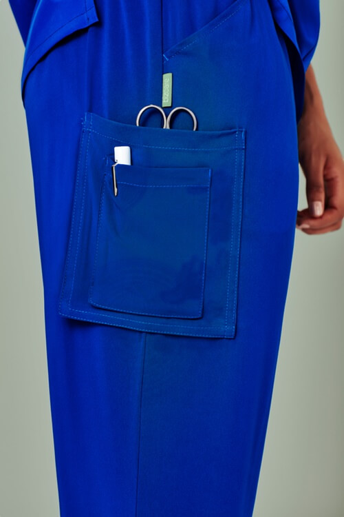 CSP944LL-ElectricBlue-side-pocket