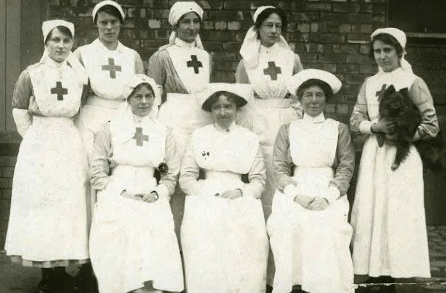 WW! nurses in uniform