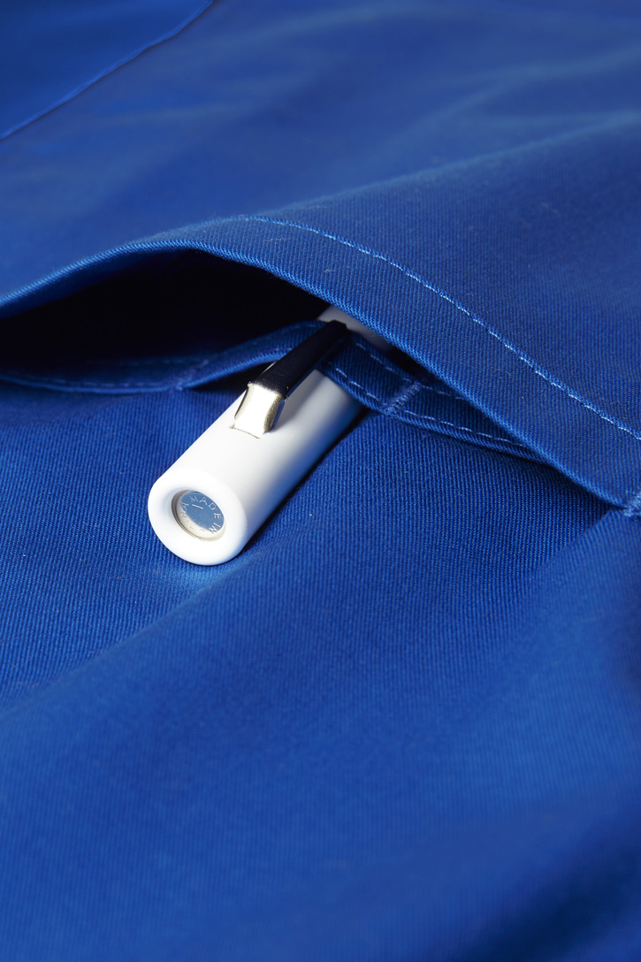 CST043MS_ElectricBlue_pen-pocket